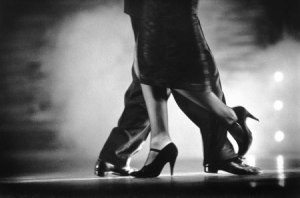 Dos bailarines